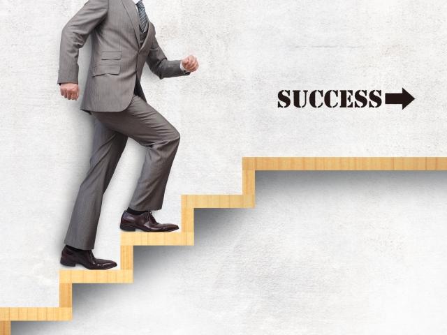 転職でやることは?内定までの5つのステップ