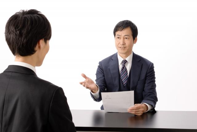 1年目での転職は厳しい?就活で押さえたいポイントを解説
